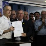 Prefeito Dirceu Pano e Governador Márcio França Assinam Convênio de 1 Milhão de Reais para Recapeamento